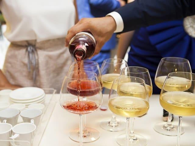 frasi vino e amicizia